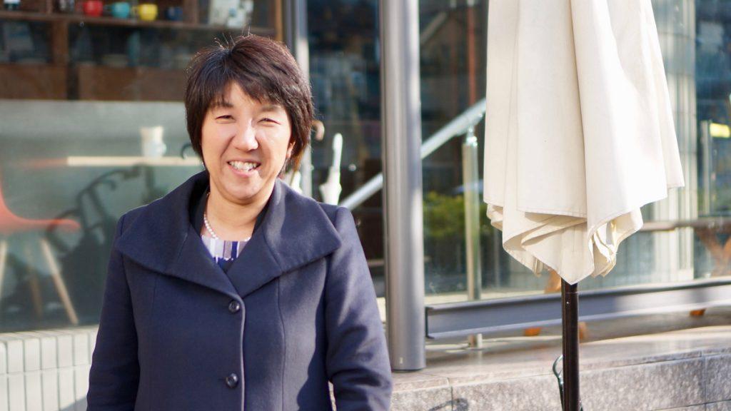 慶應義塾出身の英会話講師