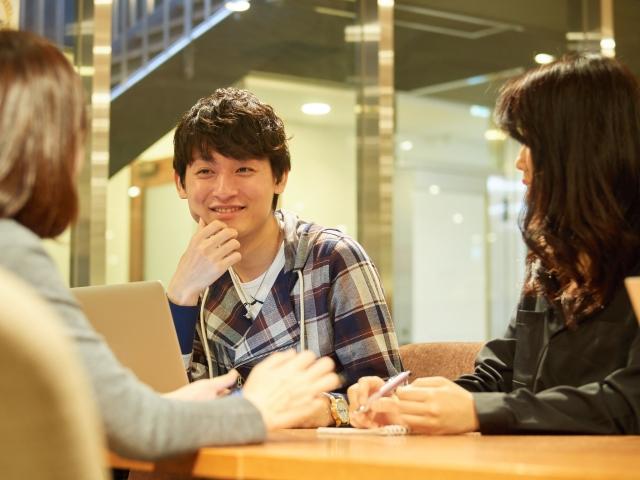 英会話グループレッスンで生徒の発言量が減る問題点への7つの対処法