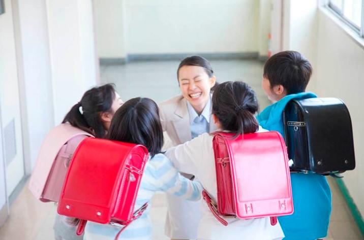 【戸田市】学童保育での小学生向けグループレッスン英会話講師大募集!