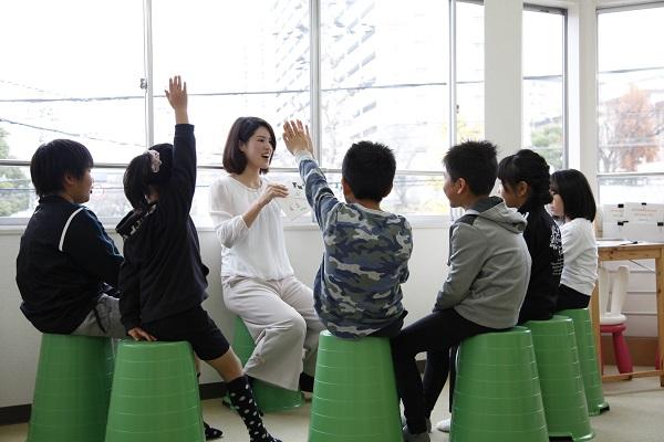 子供達がぐんぐん伸びる驚きの英会話教室の講師(教室長への登用あり)